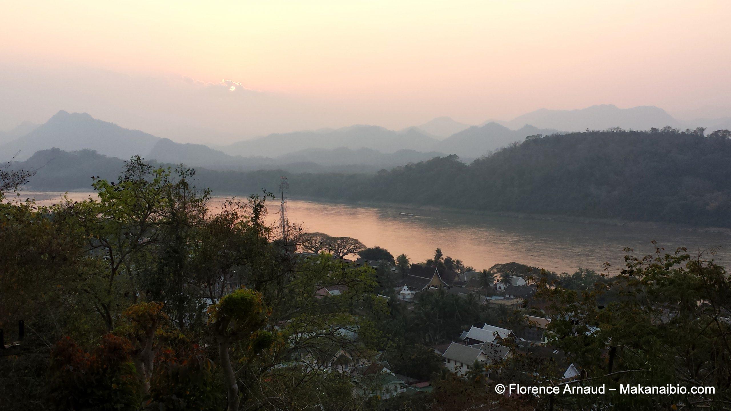Coucher de soleil sur le Mékong, Luang Prabang, Laos, Février 2014